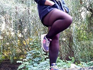 Autumn's first outdoor piss (steam comes from my hot jet)